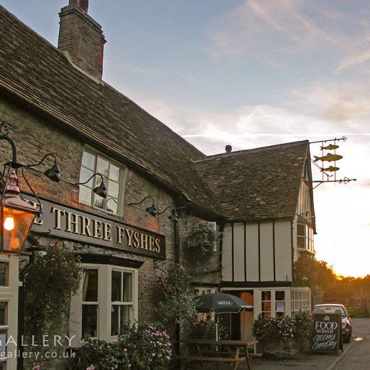 Three Fyshes, Turvey: Pub exterior