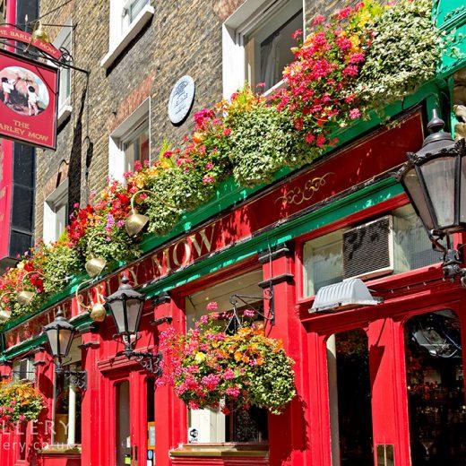 Barley Mow, Marylebone: Close-up of pub frontage