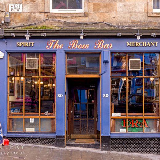 Bow Bar, Edinburgh: Pub exterior