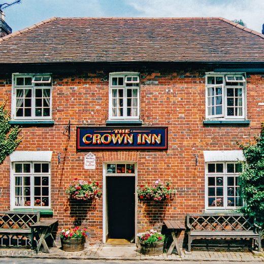 Crown, Little Missenden: Pub exterior