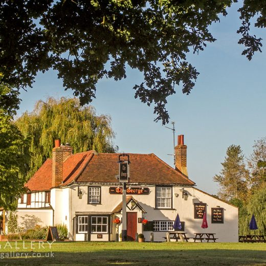 George, Holyport: Pub exterior