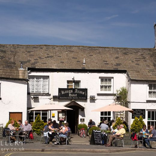 Kings Arms, Hawkshead: Pub exterior with customers in garden