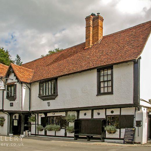 Olde Bell, Hurley: Pub exterior