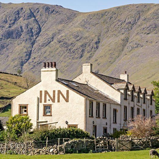 Wasdale Head Inn: Close-up of inn