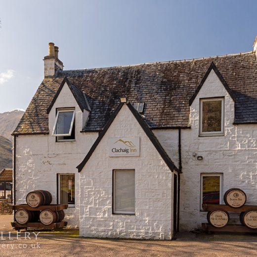 Clachaig, Glencoe: Close-up of pub