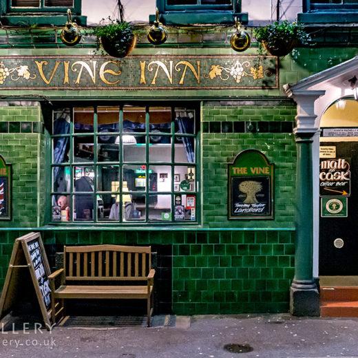 Vine, Manchester: Pub exterior at night