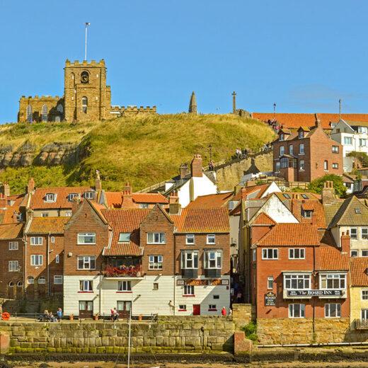 Duke of York, Whitby: Pub on harbour & church on clifftop