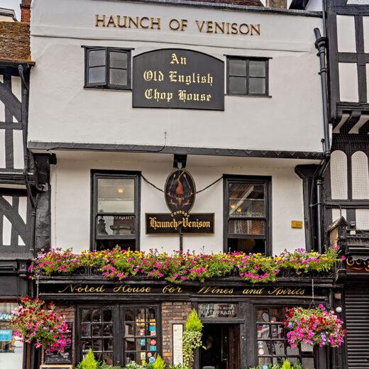 Haunch of Venison, Salisbury: Close-up of pub exterior