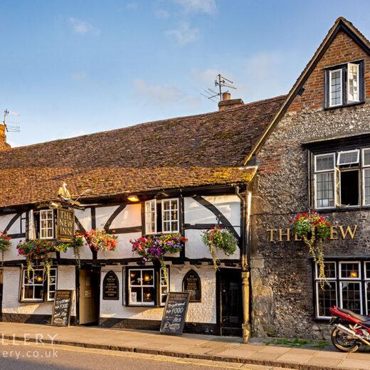 New Inn, Salisbury: Full pub exterior