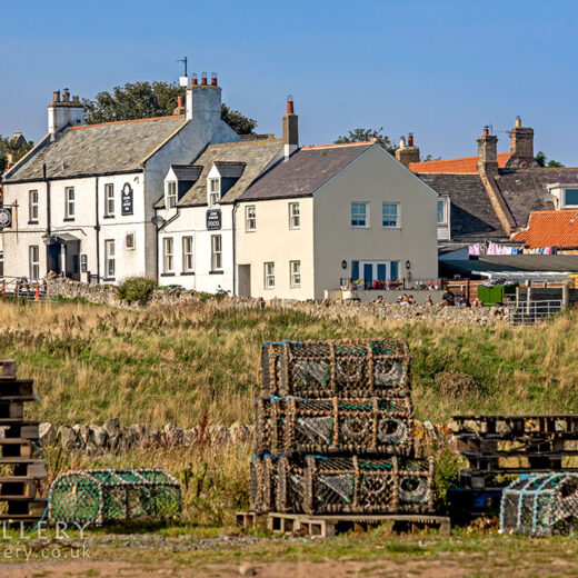 Crown & Anchor, Lindisfarne: Pub with lobster nets in foreground